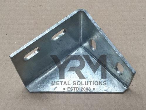 Sill Rail To Mid Crossmember Bracket Hdg Yrm Metal Solutions