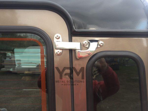 Safari Rear Door Hinges Yrm Metal Solutions