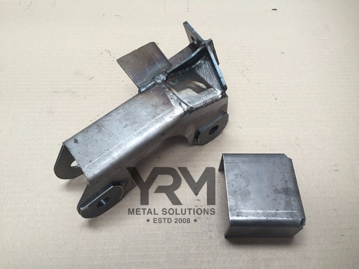 Rhs Front Axle Bracketry Parts A B C Yrm Metal Solutions